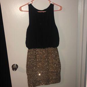 Boo Hoo Women's Sequin Dress NEW size Small